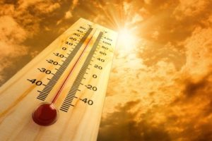 Thermometer showing high temp in the sun.