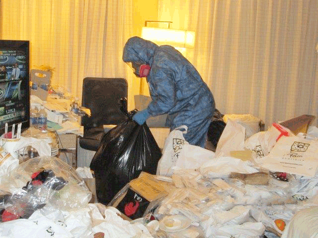 hoarder cleanup service